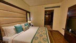 Superior King Size Room-2