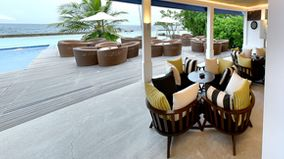 Amaya Resort Kuda Rah Maldives - Glow bar