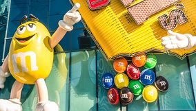 M and M s World