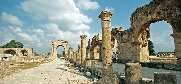 The Triumphal Arch Tyre