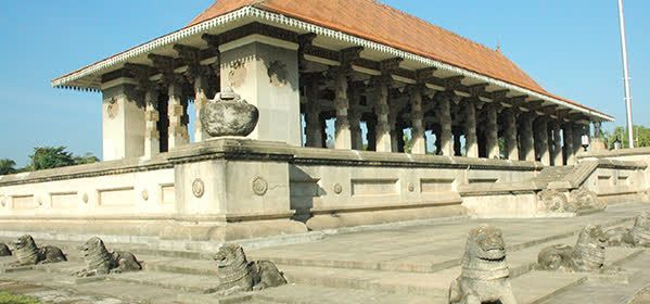 Things to do in Colombo - Arcade Independence Square