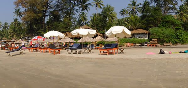 Things to do in Goa - Ashvem Beach