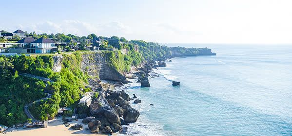 Things to do in Bali - Ayana bar on rocks