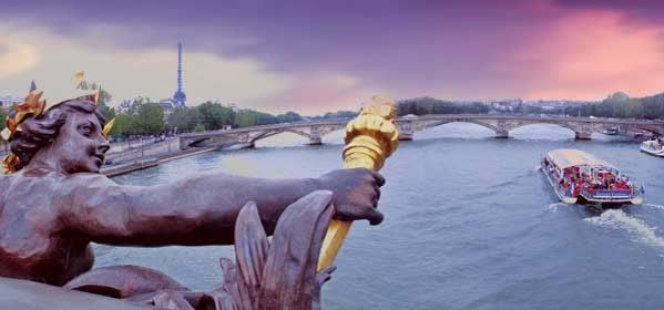 Things to do in Paris - Bateau Mouche