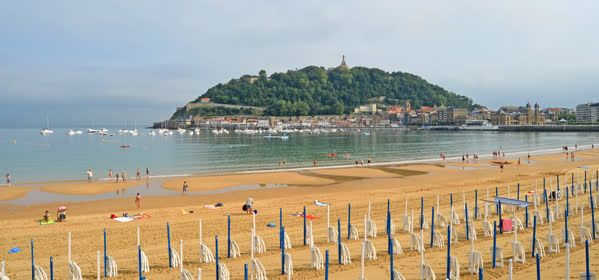 Things to do in Donostia-San Sebastián - Beach of La Concha (Bahía de la Concha)