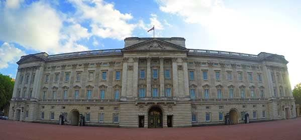 Things to do in London - Buckingham Palace
