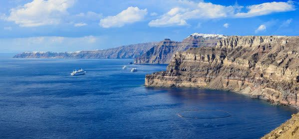 Things to do in Santorini - Caldera