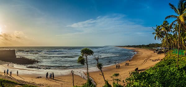 Things to do in Goa - Candolim Beach