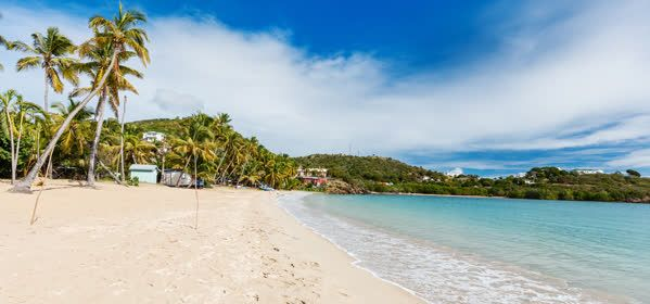 Things to do in Antigua - Carlisle Bay
