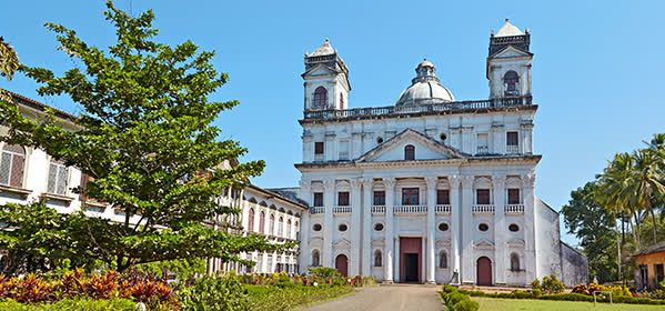 Things to do in Goa - Church of St Cajetan or Divine Providence