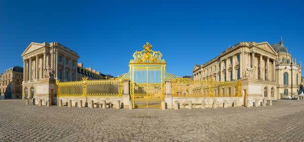 Things to do in Chateau de Versailles - Courtyard of Honour