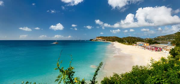 Things to do in Antigua - Darkwood Beach