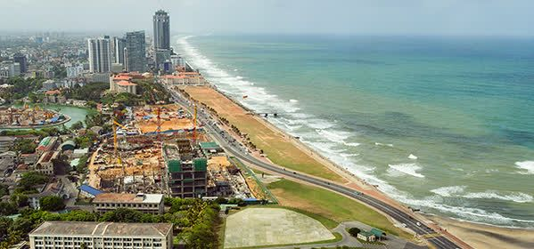 Things to do in Colombo - Galle Face Green