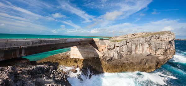Things to do in Eleuthera - Glass Window Bridge