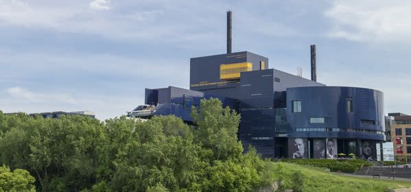 Things to do in Minneapolis - Guthrie Theater