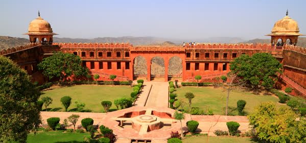 Things to do in Jaipur - Jaigarh Fort