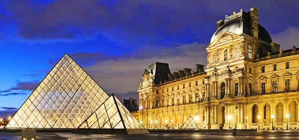 Things to do in Paris - Louvre Museum