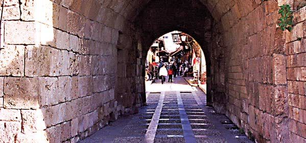Things to do in Byblos - Mediaeval Ramparts