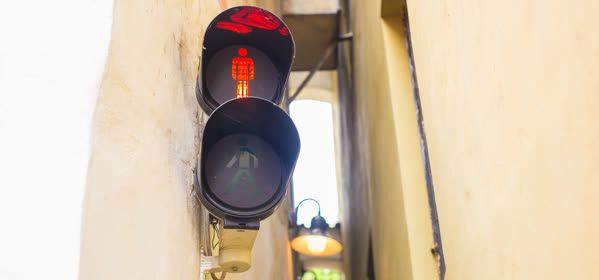 Things to do in Prague - Narrowest street