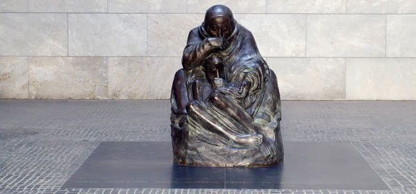 Things to do in Berlin - Neue Wache Memorial