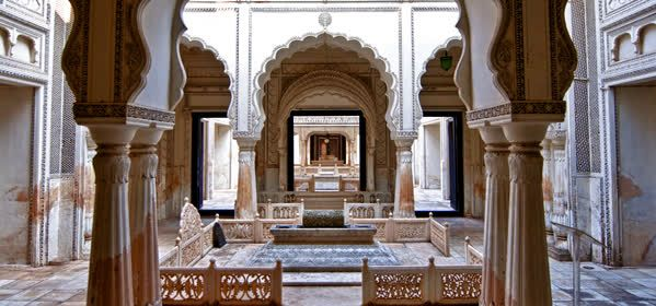 Things to do in Hyderabad - Paigah Tombs