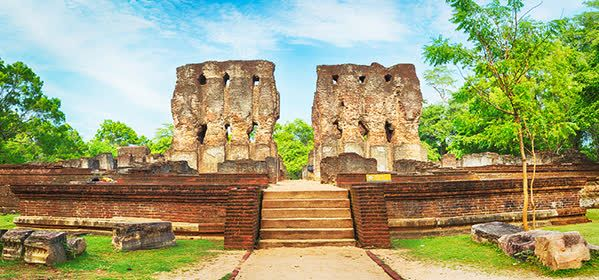 Things to do in Polonnaruwa - Palace of King Parakramabahu