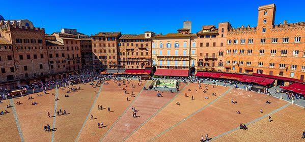 Things to do in Siena - Piazza del Campo