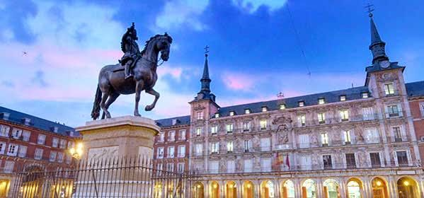 Things to do in Madrid - Plaza Mayor