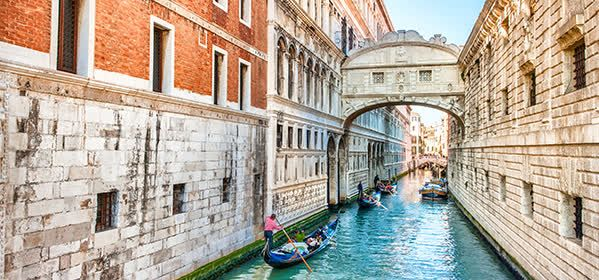 Things to do in Venice - Ponte dei Sospiri