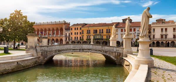 Things to do in Prato - Prato della Valle
