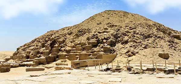 Things to do in Giza - Pyramid of Unas