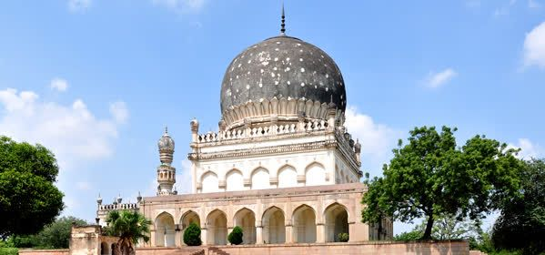 Things to do in Hyderabad - Qutb Shahi Tombs