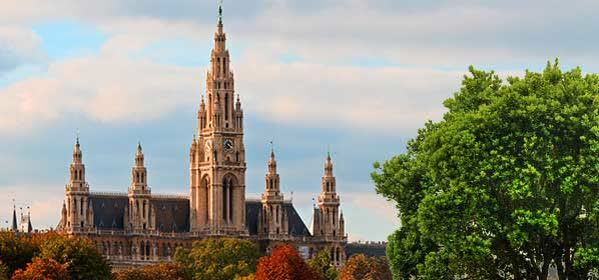 Things to do in Vienna - Rathaus