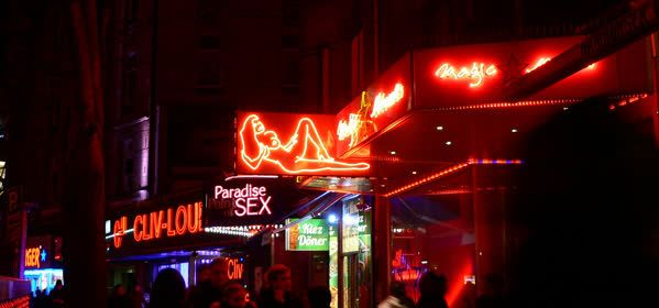 Things to do in Hamburg - Reeperbahn