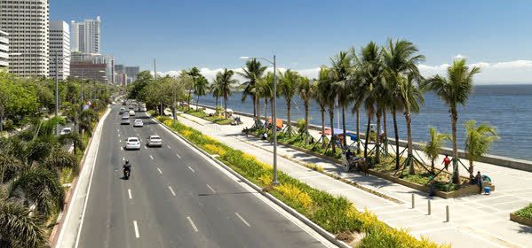 Things to do in Manila - Roxas Boulevard