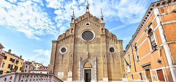 Things to do in Venice - Santa Maria Gloriosa dei Frari