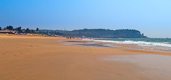 Things to do in Goa - Sinquerim Beach