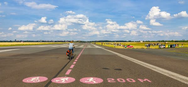 Things to do in Berlin - Tempelhofer Feld