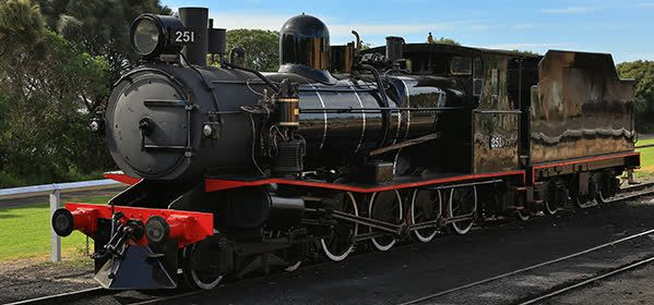 Things to do in Geelong - The Bellarine Railway - Home of The Blues Train