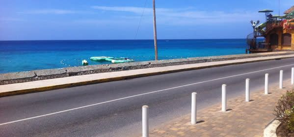 Things to do in Montego Bay - The Hip Strip: Gloucester Avenue