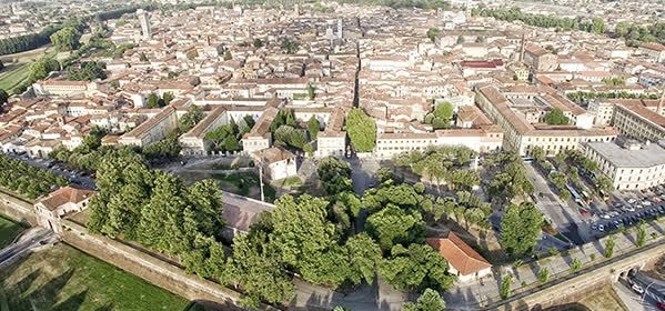 Things to do in Lucca - The Walls of Lucca