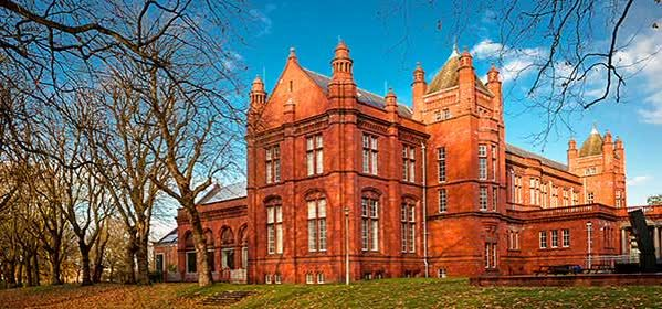 Things to do in Manchester - The Whitworth Art Gallery