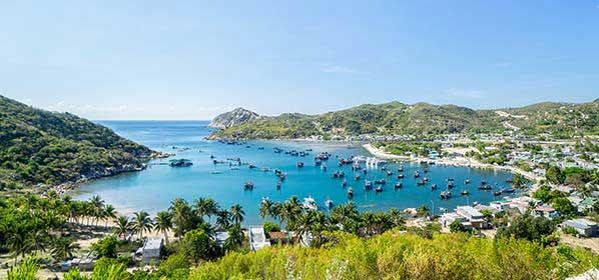 Things to do in Hue - Vinh Hy Bay in Ninh Thuan