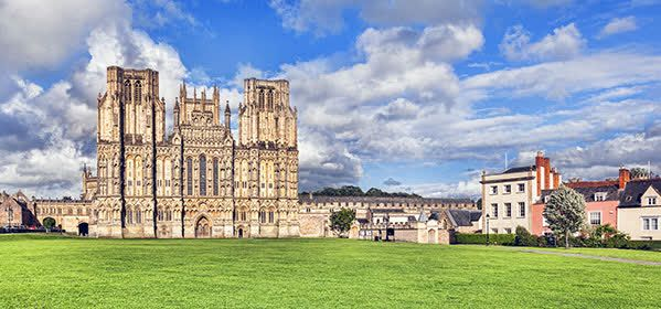 Things to do in Somerset - Wells Cathedral