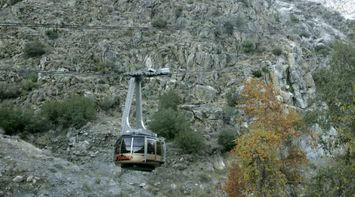 title: Cable Car Ride over the Mountains at Palm Springs California