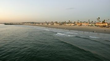 title: Newport Beach Scenery at Dusk