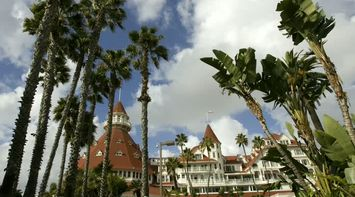 title: Picturesque First Class Coronado Hotel of San Diego on Orange Ave