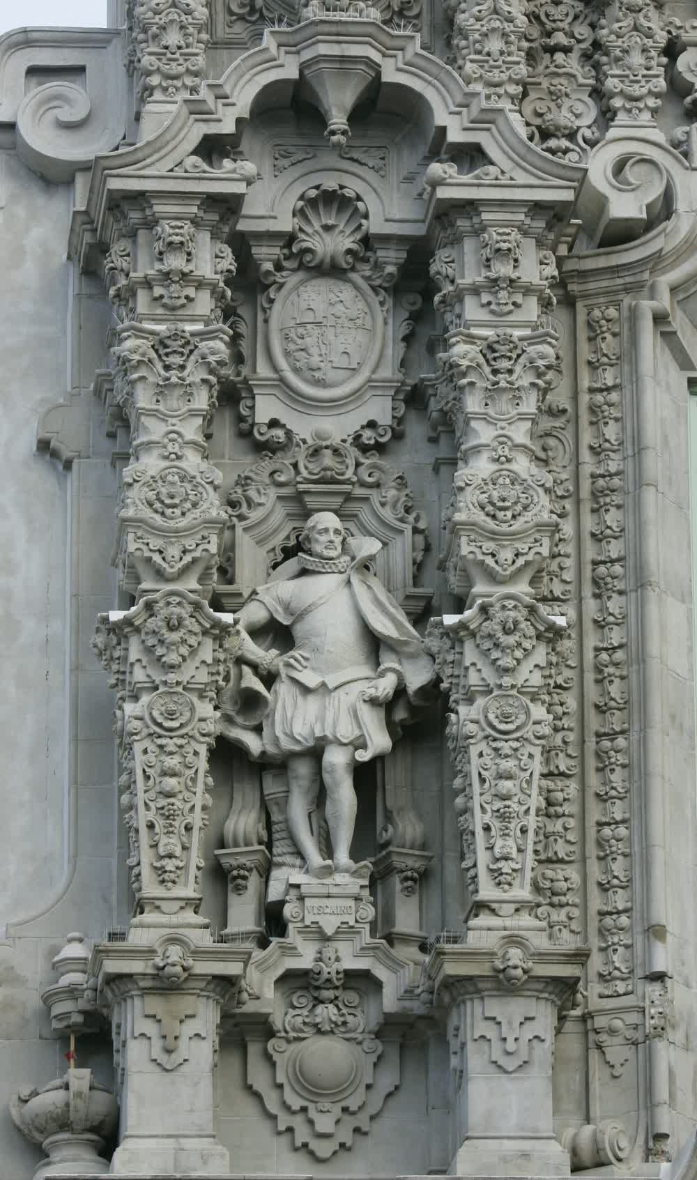 title: Spanish Statue and Ornate Architecture at Balboa Park