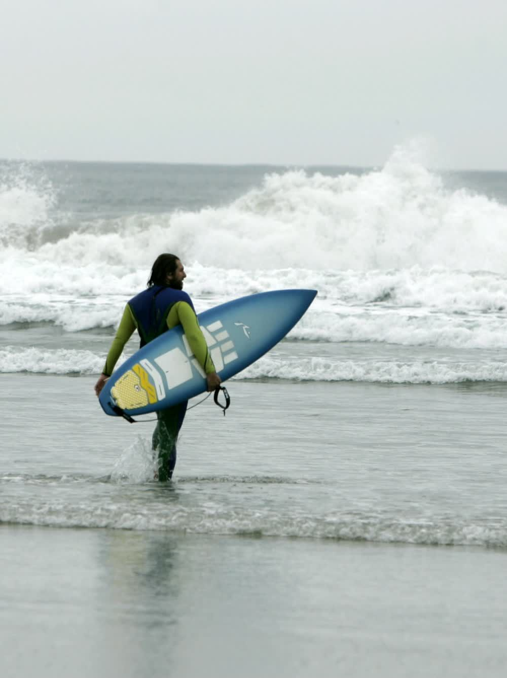 title: Surfing at San Diego s Beach La Jolla1