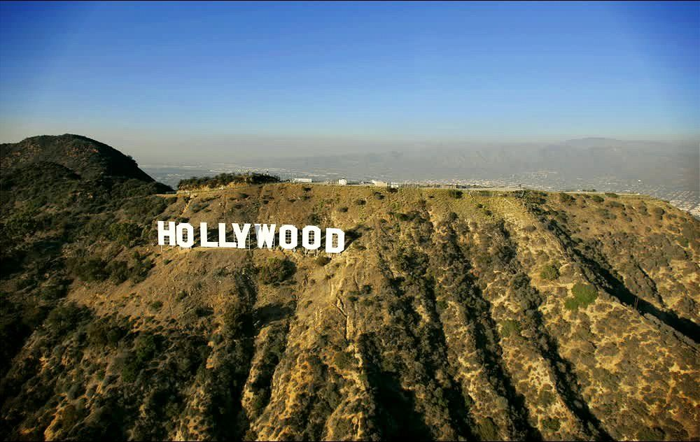 The Famous World-Renonwed Hollywood Landmark Sign in Los Angeles
